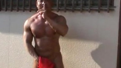 bodybuilder   cumshots   japanese gay