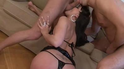 amazing  ambisexual  cock sucking