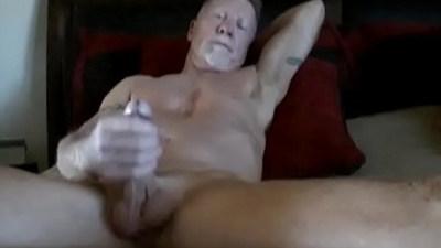 amateur gays  cumshots  jerking off